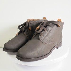 Bernardo Women's  Leather Ankle Boot Size 6 M